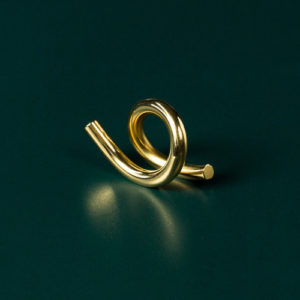 Brass+wiggle+standing+loop+standing (1)